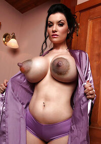 Mature Women Pictures